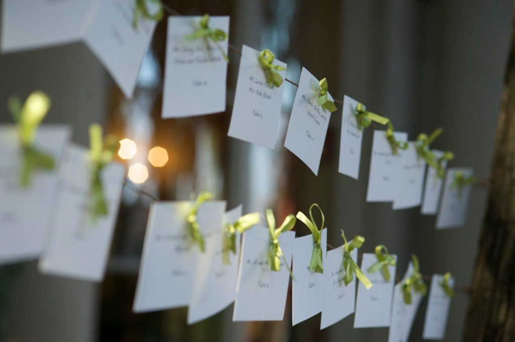 escort cards green ribbon Meridian House DC wedding cocktail hour