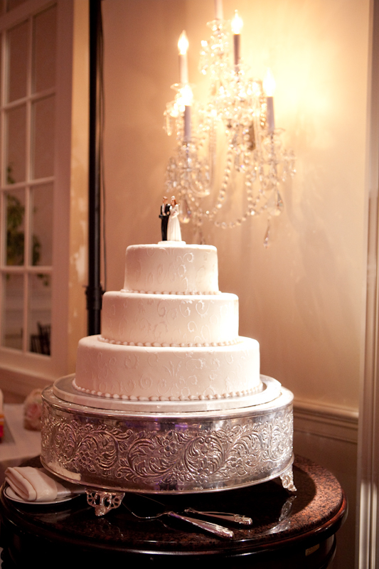 Cakes by Linda Arlington VA wedding