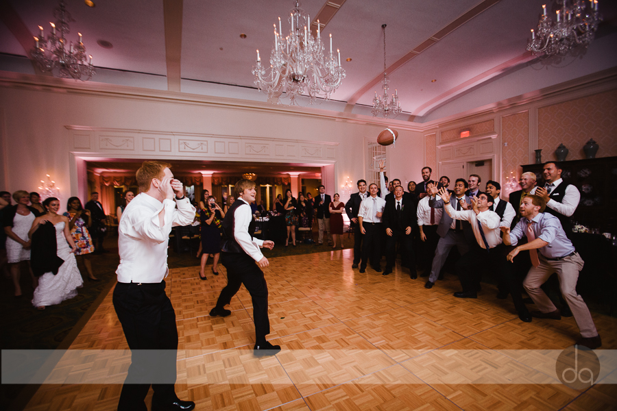 Washington Dc wedding garter toss
