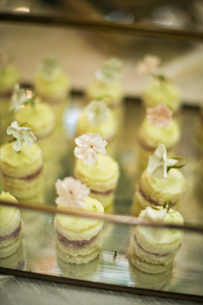 Maggie-Austin-Cake-mini-cakelets