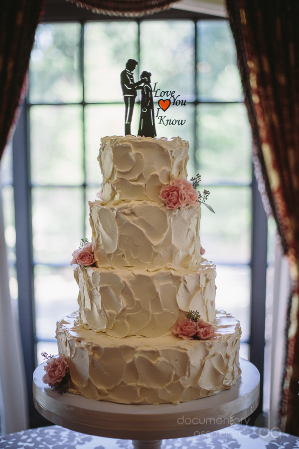 Fluffy Thoughts textured buttercream wedding cake