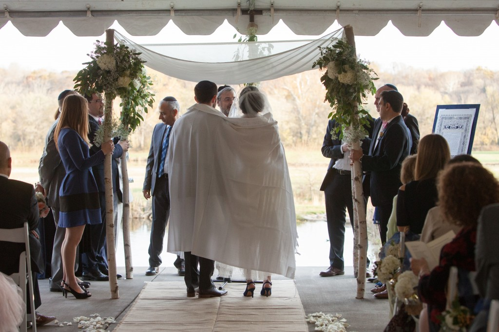 Riverside on the Potomac jewish wedding ceremony winter chuppah