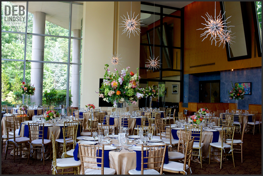 2941 Restaurant summer wedding reception blue coral gold