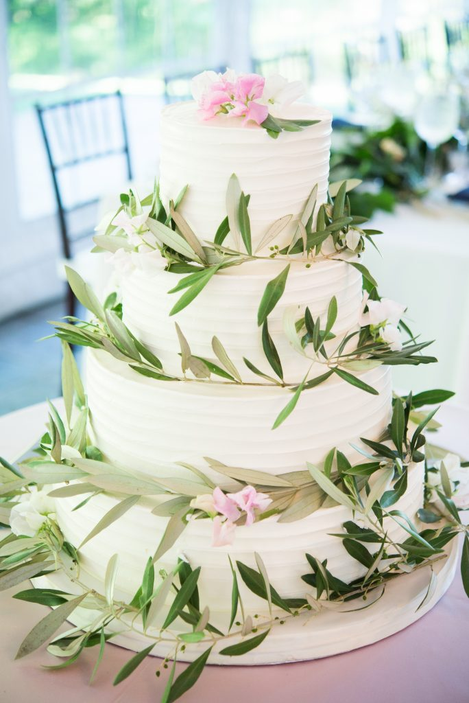 Fancy Cakes by Leslie textured buttercream wedding cake