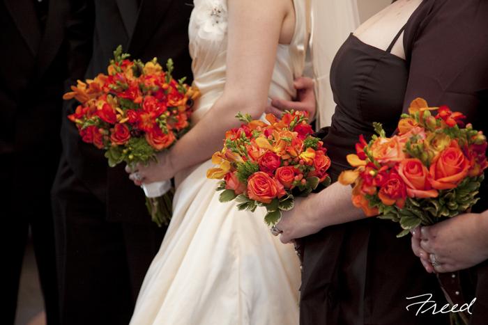 Distinctive-Floral-Designs-fall-bouquet-trachellium-rose-hybrids-orchids-hypericum-berry-freesia-fiddlehead-ferns