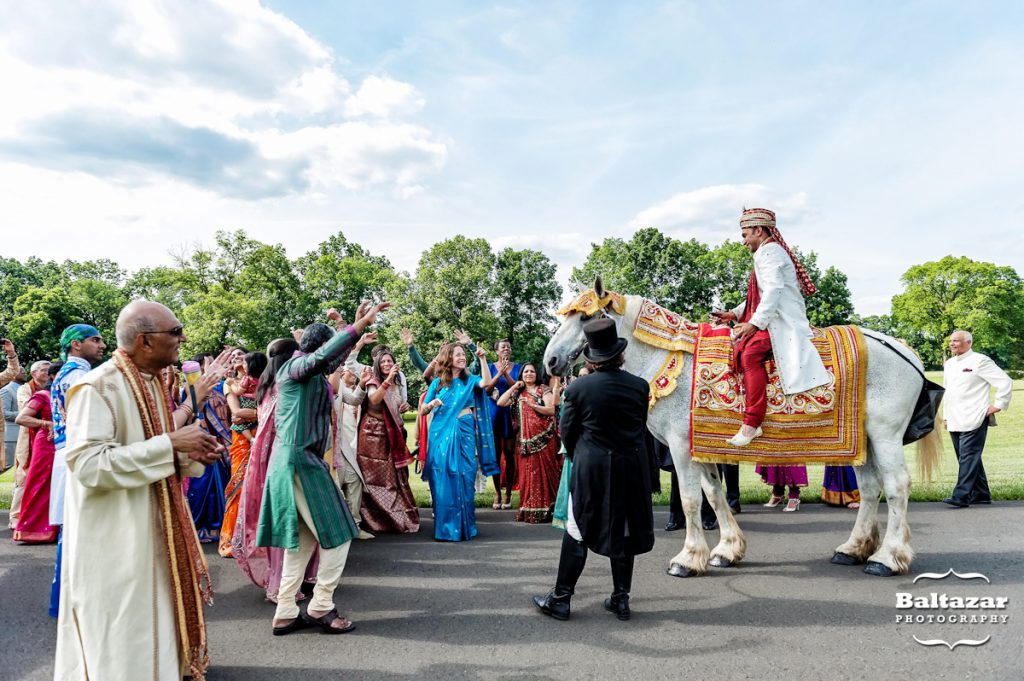 indian-wedding-baraat-sunset-crest-manor-chantilly-va-horse-harmons-carriages