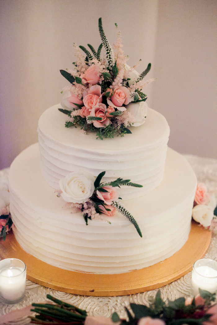 Leonora-Bakery-Arlington-VA-textured-buttercream-wedding-cake