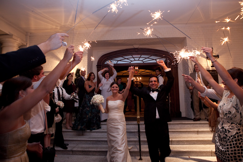 Washington-Golf-and-Country-Club-Arlington-VA-sparkler-exit