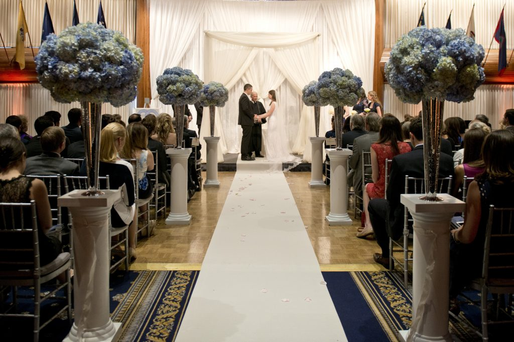 national-press-club-jewish-wedding-ceremony-blue-silver